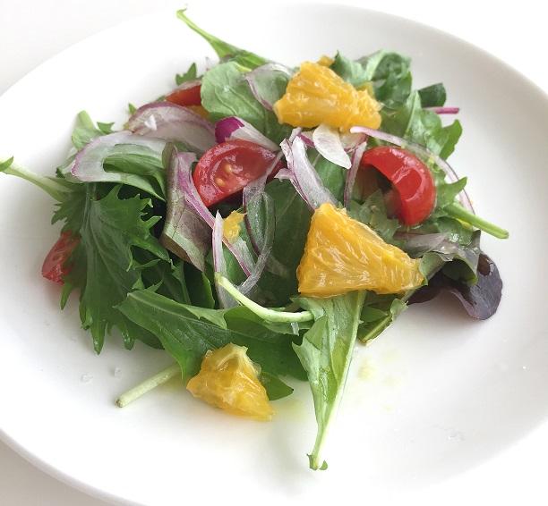シャレトンネ自家製無農薬のカラフルサラダ画像